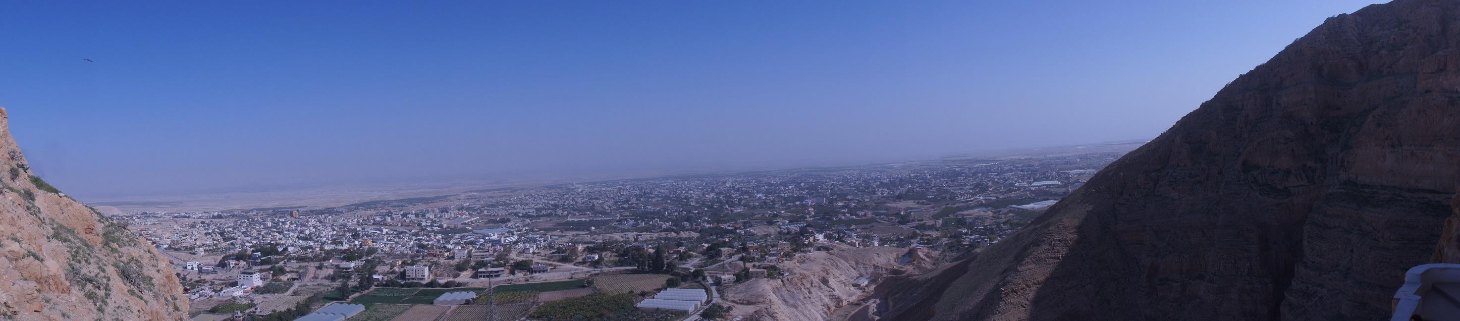 Widok z Góry Kuszenia na Jerycho